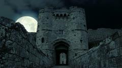 Pelottava Täysikuu pahan demoni vampyyri Castle kauhu pelottava katedraali pahol Arkistovideo