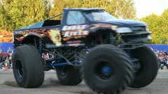 Monster truck spinning around Stock Footage