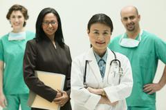 Ryhmä lääkäreitä Kuvituskuvat