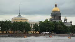 River quay with admiralty and Isakievsky cathedral Stock Footage