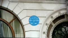 Blue plaque to Nell Gwynne Stock Footage
