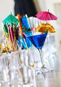 Tuore cocktail drinkki yökerho Kuvituskuvat