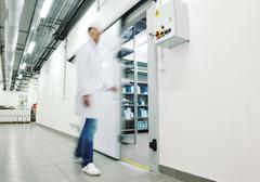 Lääkärin tehdas toimittaa varastointi sisätiloissa Kuvituskuvat