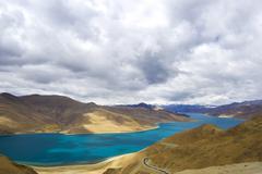 Yamdrok river, tibet Stock Photos