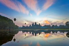 Sunrise at angkor wat temple, cambodia Stock Photos