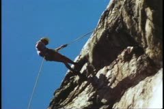 Mountain climbing school, repelling off the top, Grand Teton National Park Stock Footage