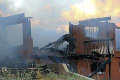 House arson fire totally destroyed 7894.jpg Stock Photos