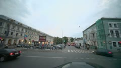 Traffic on crossroad near edifice of Gostiny Dvor in Moscow Stock Footage
