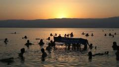 Spencer Tunick 'Save the Dead Sea' floating installation Stock Footage