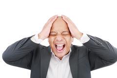 Afrikkalainen amerikkalainen liikemies huutaa. Kuvituskuvat
