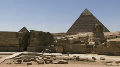 Pyramid with sphinx in foreground Stock Footage