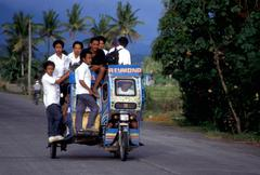 liikenteen kolmipyörällä legaspi people person - stock photo
