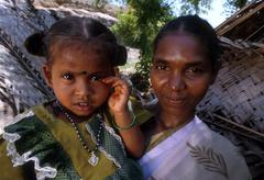 India slavery bonded laborer and her child kid Stock Photos