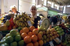 Russia food fruit stall at market in irkutsk Stock Photos