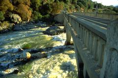 Water fitness bridge three rivers rushing kaweah Stock Photos