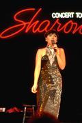 Woman female filipino singer sharon cuneta tour Stock Photos