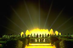 Musiikki vettä ihmiset baletti klassinen lights yö Kuvituskuvat