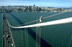 Fitness person bay bridge conectiong east area Stock Photos