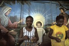 Benin centre feminine de bohicon girls knitting Stock Photos