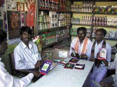 India shop selling farm produce hybrid and gm Stock Photos