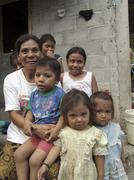 Honduras single mother and her children kids san Stock Photos