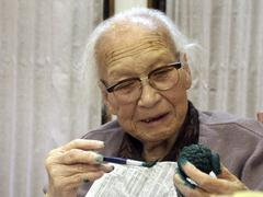 Japan therapy at old peoples home kyoto 2003 Stock Photos