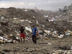 Nicaragua scavengers working on the garbage dump Stock Photos