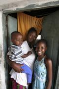 Kenia äiti ja lapset kids Mombasa afrikka Kuvituskuvat