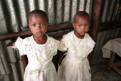 Kenia tytöt mukuru Nairobi afrikka lapsia Kuvituskuvat