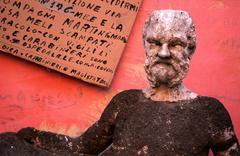 Firebombed statue rome italy adroitness aptitude Stock Photos