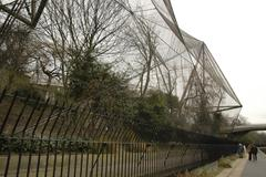 fitness england london regents canal park zoo - stock photo