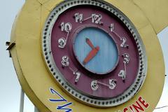 Oregon eugene clock time restaurant advice alert Stock Photos
