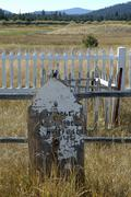 Golf oregon deschutes pioneer cemetery course Stock Photos