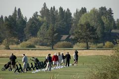 golf sun oregon deschutes river resort time - stock photo