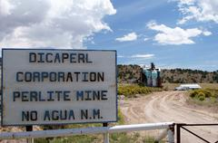 dicaperl perlite mine no agua new mexico nm - stock photo