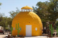Cartago california yellow pinneapple hotel ca Stock Photos
