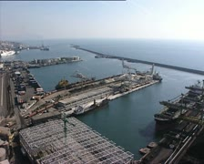 GENOVA harbor rl pan - stock footage