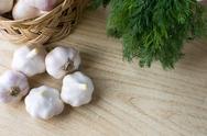 Basket of garlic Stock Photos