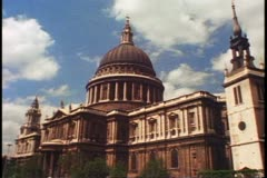 St. Paul's Cathedral, exterior, wide shot, Sir Christopher Wren, London, England Stock Footage
