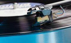Vinyl analog record player cartridge and lp Stock Photos