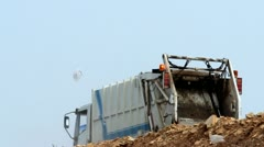 Truck and trash Stock Footage