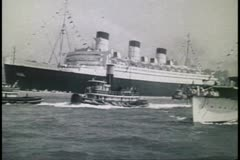 Queen Mary, arrival New York harbor in 1936, black and white archival Stock Footage