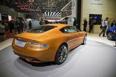 Aston Martin Virage Kuvituskuvat