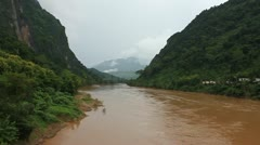 Nam Ou river in Nong Khiaw village Stock Footage