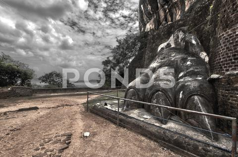 Stock photo of Lions Foot, Sigiriya, Sri Lanka