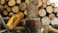 Splitting wood in the shed. Stock Footage