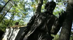 Thoreau statue and house dutch left Stock Footage