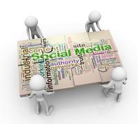 3d men and social media puzzle peaces Stock Illustration