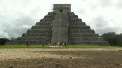 Chichen Itza Mexico Yucatan Kukulcan Pyramid Stock Footage