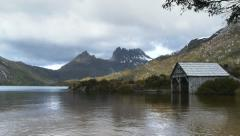 Dove lake and cradle mountain Stock Footage